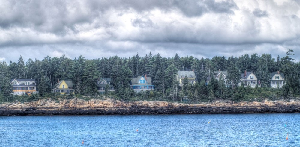 Maine island homes.