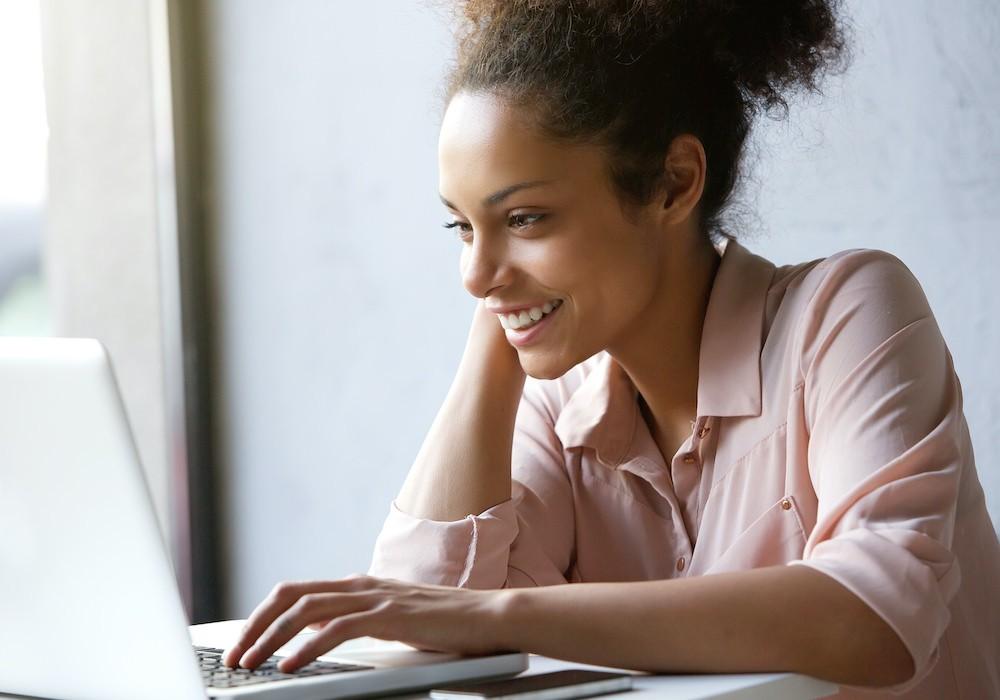 woman_laptop.jpg